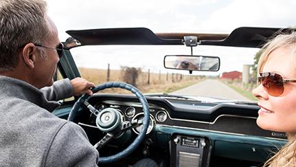 Conducir un auto clásico